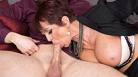 Gina Milano - XXX Granny video screenshot 2