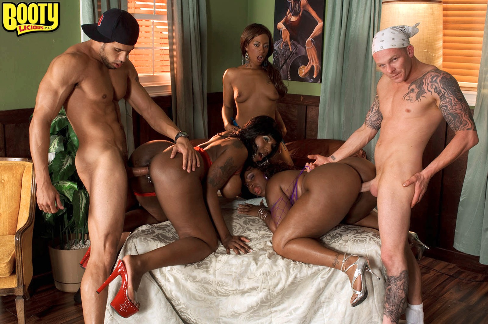 Ms juicy black and wild kelly starr the thong team