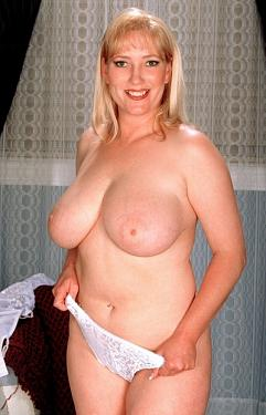 Cali -  Big Tits model