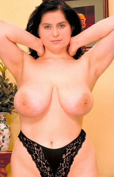 Oliver Towels -  Big Tits model