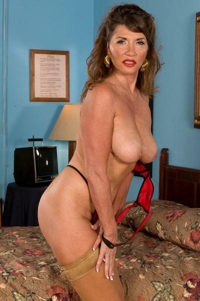 Josette Lynn Deep Massage