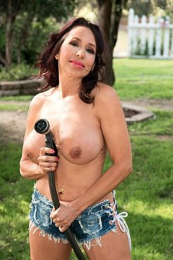 Lisa Marie Heart -  Granny model