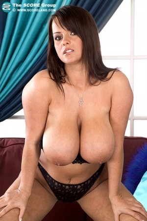 Bea Flora - Solo Big Tits photos