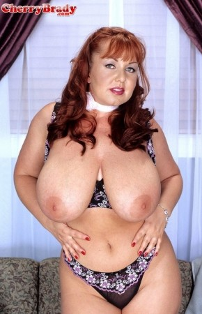 Cherry Brady - Solo Big Tits photos