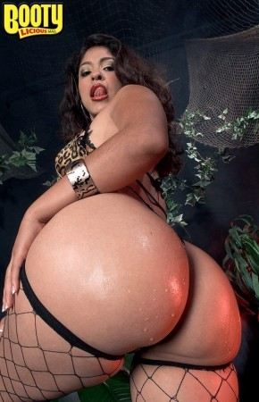 Laurie Vargas - Solo Big Butt photos