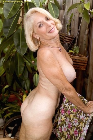 naughty mag - amateur girl profile - georgette parks (2779)