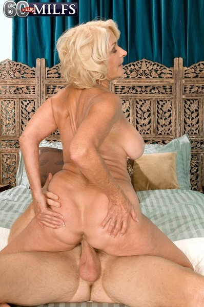 Georgette Parks - XXX MILF photos