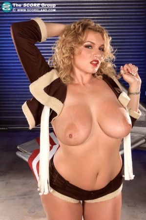 Anna Loren - Solo Big Tits photos