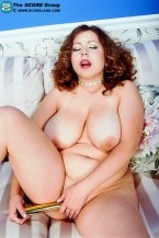 Gwen Sanders - Solo Big Tits photos