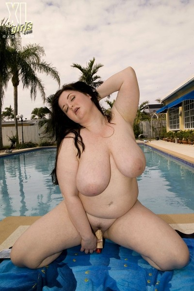 Monique L'Amour - Solo BBW photos