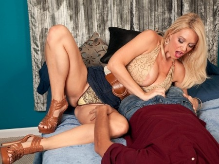 Charlee Chase - XXX Big Tits video