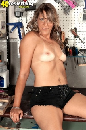 Babette - Solo MILF photos