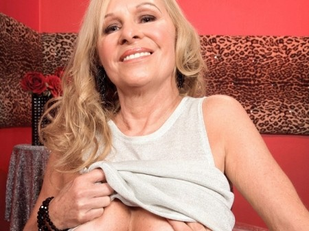 Bethany James - XXX Granny video