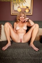 Jasmine Fields - Solo MILF photos