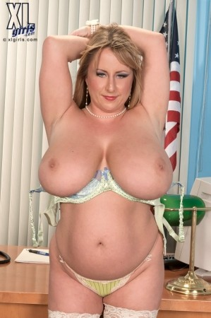 Dixie Devereaux - Solo BBW photos