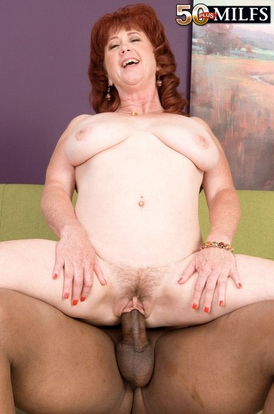 Shirley Lily - Solo MILF photos
