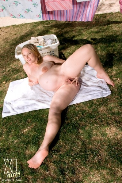 Valerie - Solo BBW photos