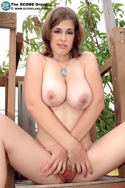 Brianna Bragg - Solo Big Tits photos