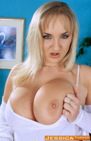 Jessica Turner - Solo Big Tits photos