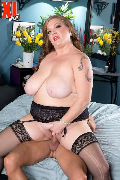 Christine Cox - XXX BBW photos