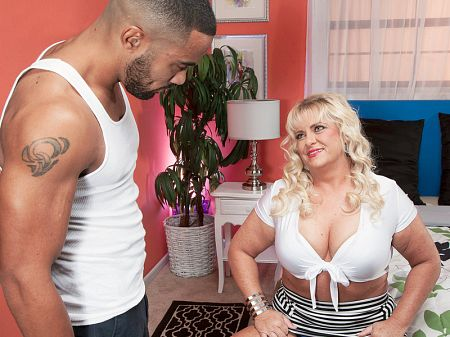 Stallion - XXX MILF video