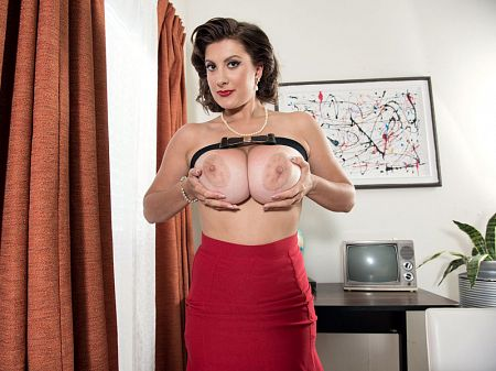 Valory Irene - Solo Big Tits video