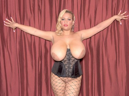 Liza Biggs - Solo Big Tits video