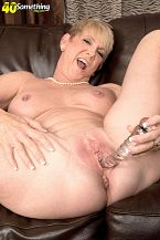 Honey Ray - Solo MILF photos
