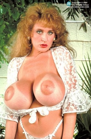 Lisa Chest - Solo Big Tits photos