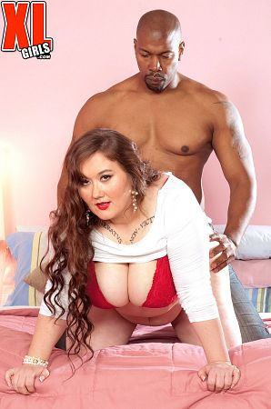 Lilli Blue - XXX BBW photos