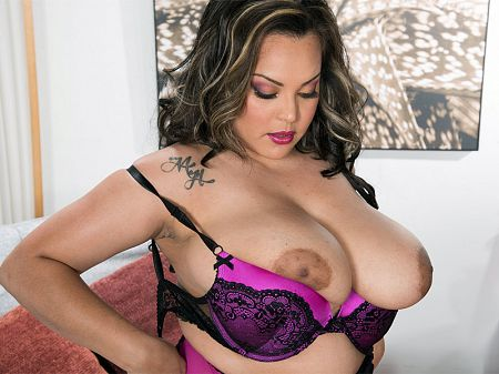 Cat Bangles - Solo BBW video