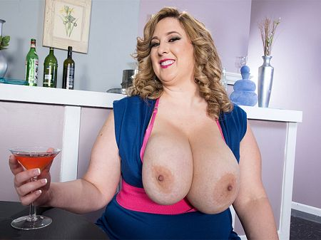 Amiee Roberts - Solo BBW video