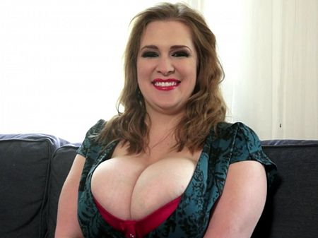 Smiley Emma - Interview BBW video