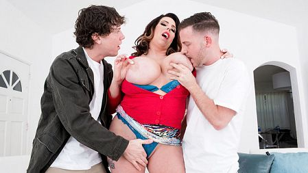 Amaya May - XXX Big Tits video