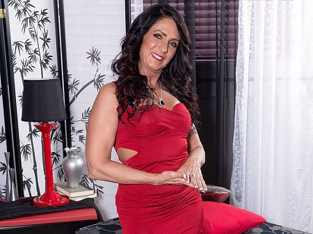 Azure Dee - Solo MILF video