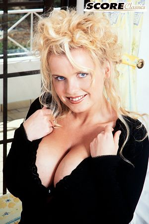 Annette Christianson - Solo Big Tits photos