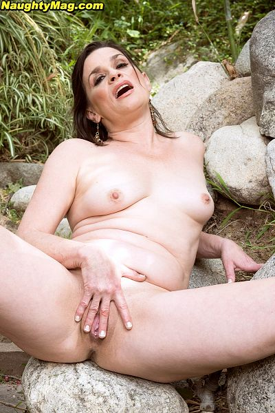 Michele Marks - Solo Amateur photos