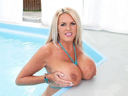 Shannon Blue - Solo Big Tits video