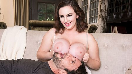 Milly Marks - XXX Big Tits video