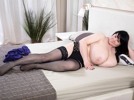 Eva Berg - Solo BBW video