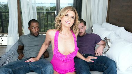 Alby Daor - XXX MILF video