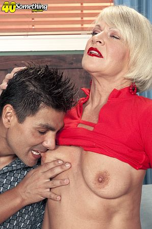 Sergio - XXX MILF photos