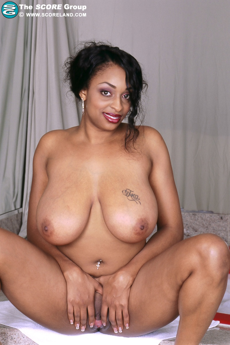 Huge Tits Carmen Hayes - download the complete