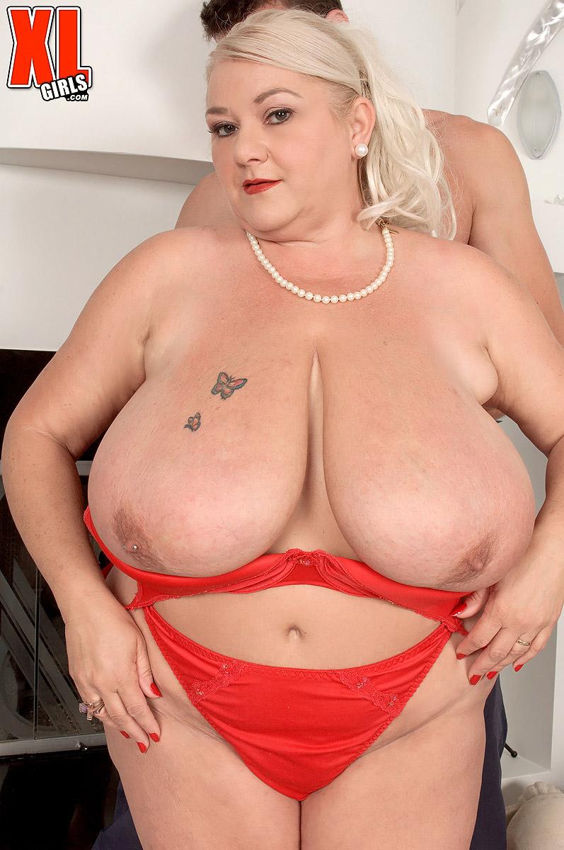 Nude photos libra lovely tity